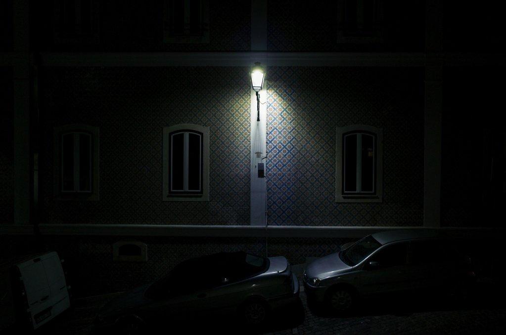 Envahi par la nuit, I