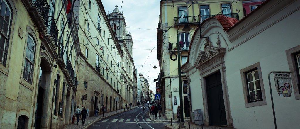 Ascending street, Lisbon