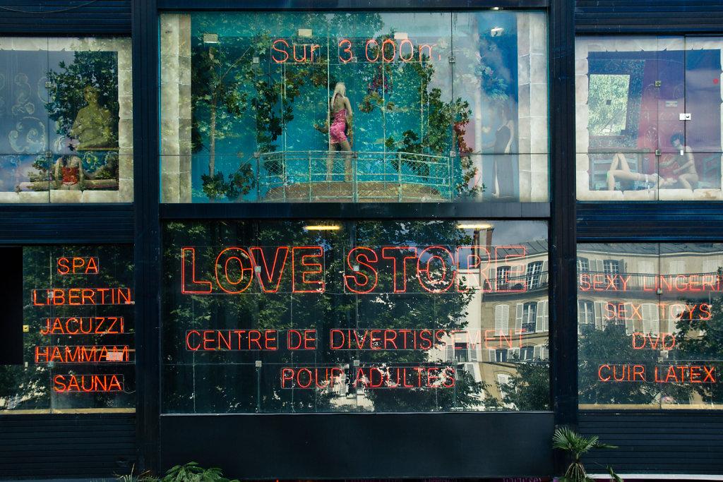 Love Store