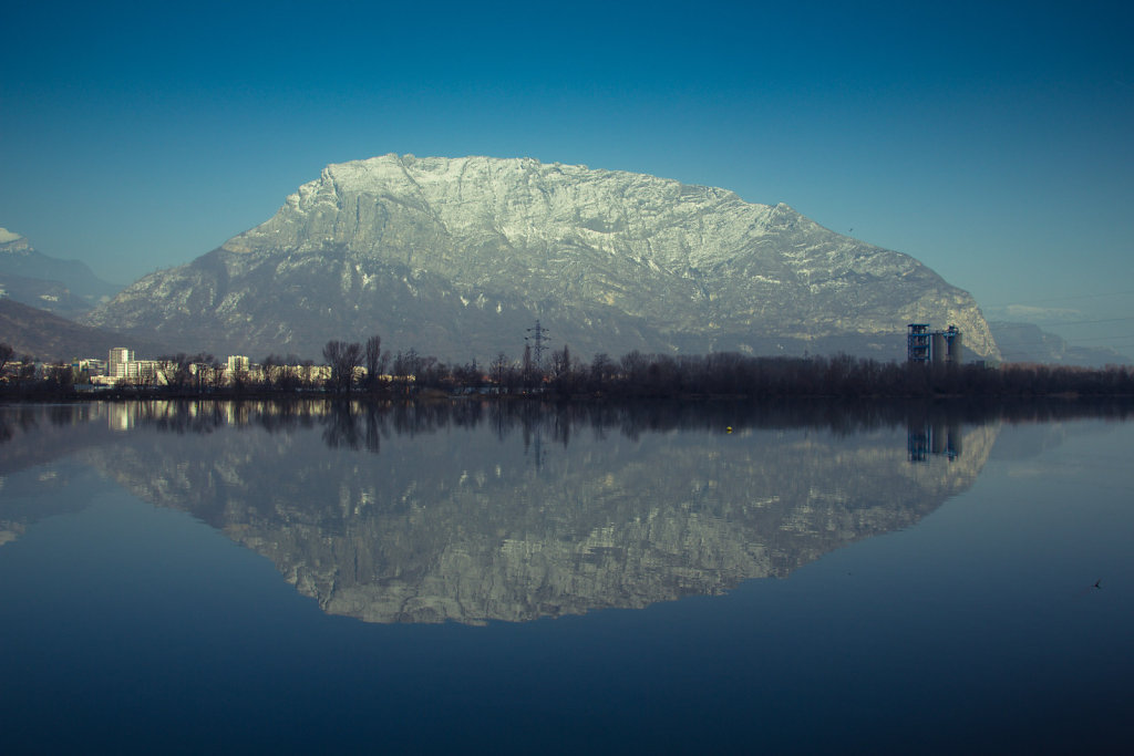 Mountain reflecting in lake, Grenoble