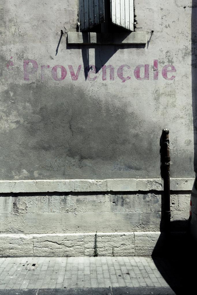 Provençale, Avignon