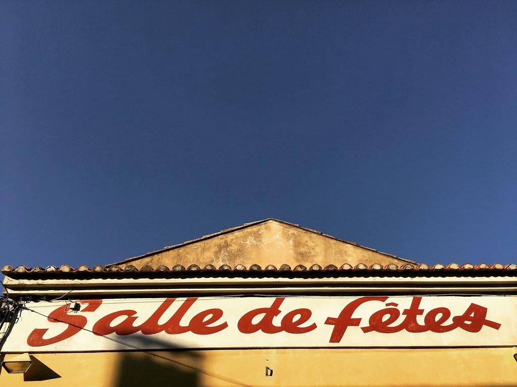 Salle de Fetes a Cabrières-d'Avignon