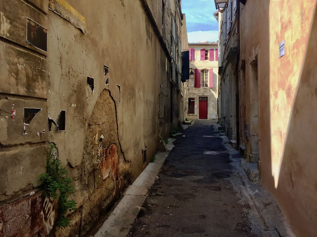Small side street in Arles