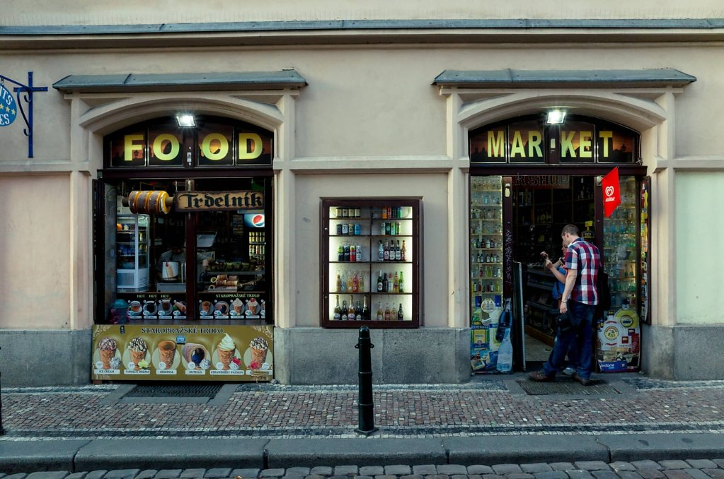Food market, Prague