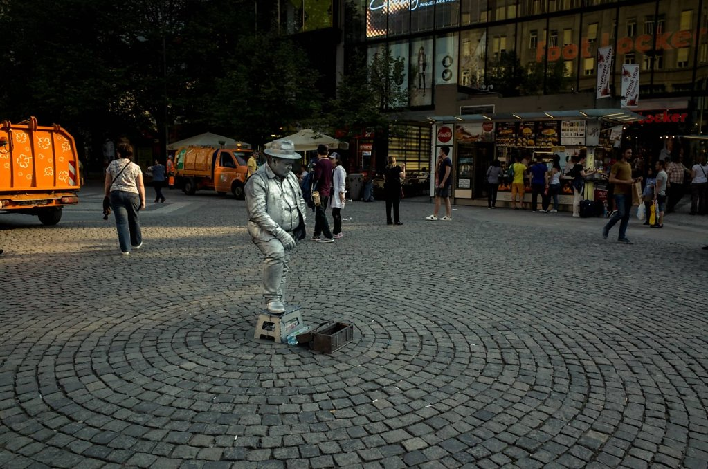 Sliver man, Prague