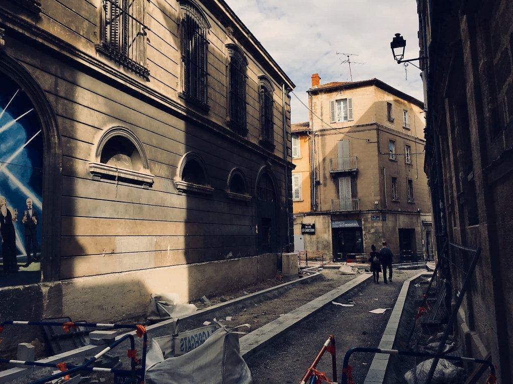 Travaux publics, Avignon