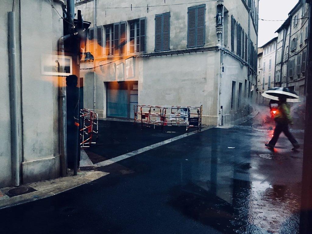 Raining in Avignon