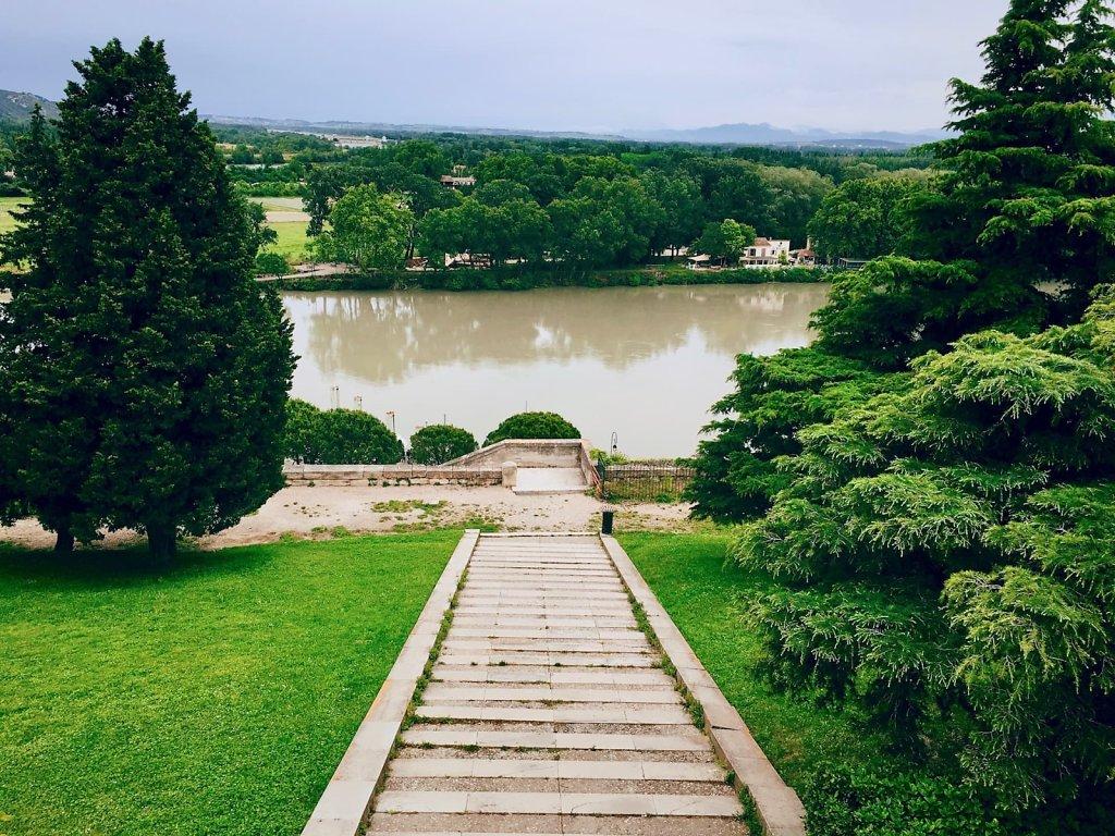 Le Rhone, Avignon