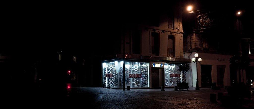 Soldes de nuit, Avignon
