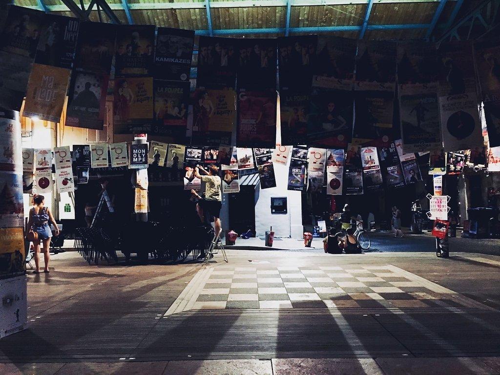 Premiers symptômes du festival 2018, Avignon