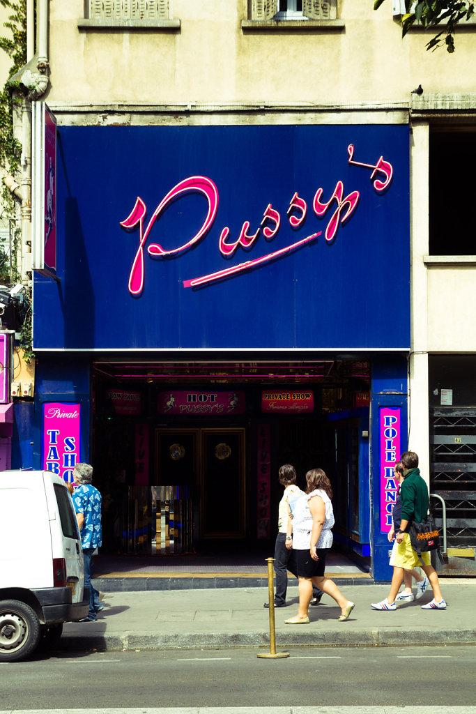 Pussy's, Paris