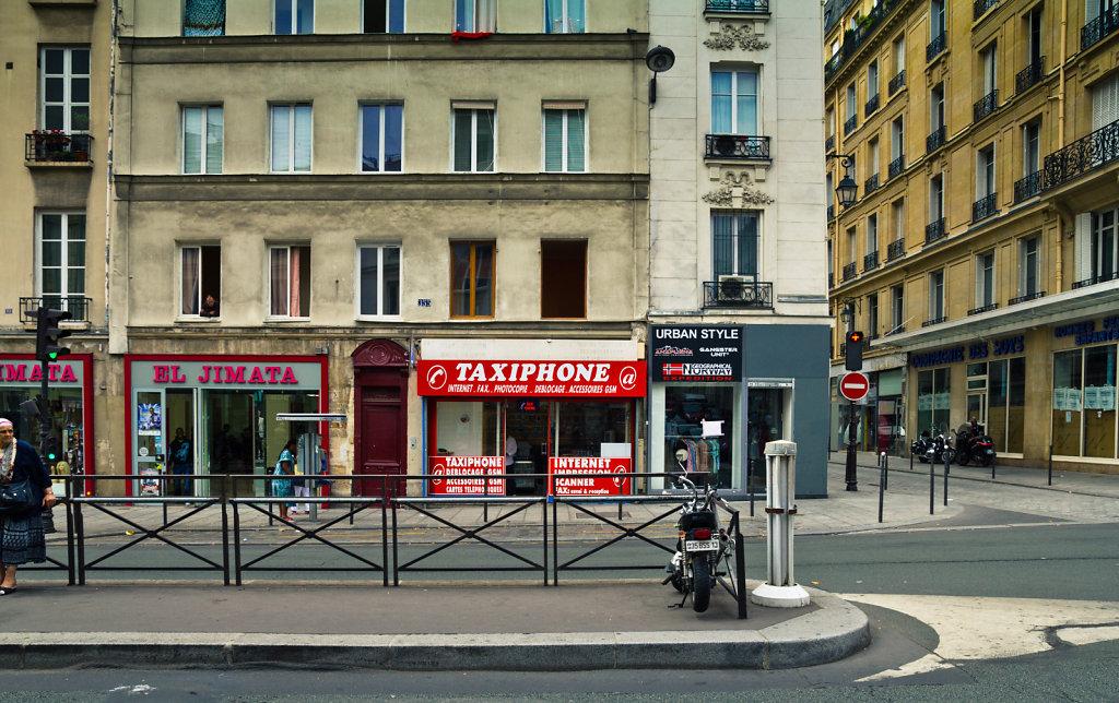 Taxiphone, Paris