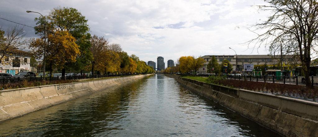 Dâmbovița in autumn