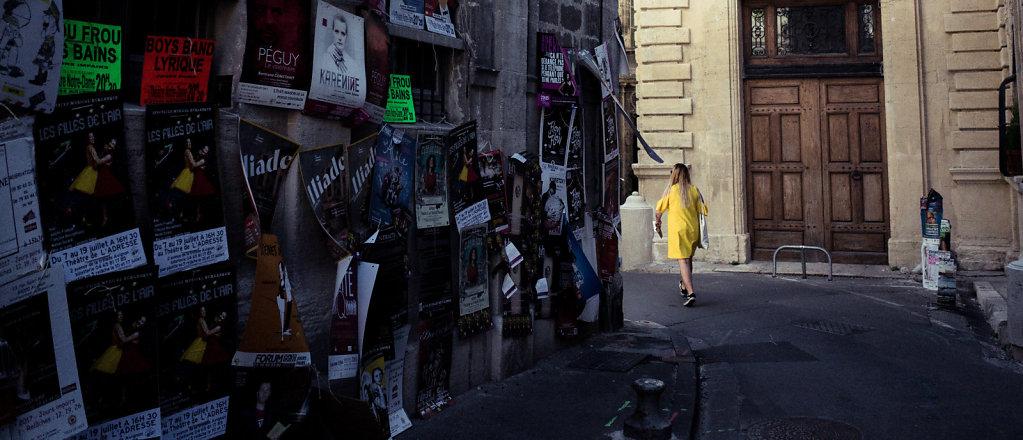 Walk towards the light, Avignon