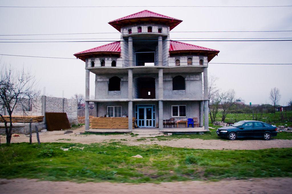 Identical house, VIII