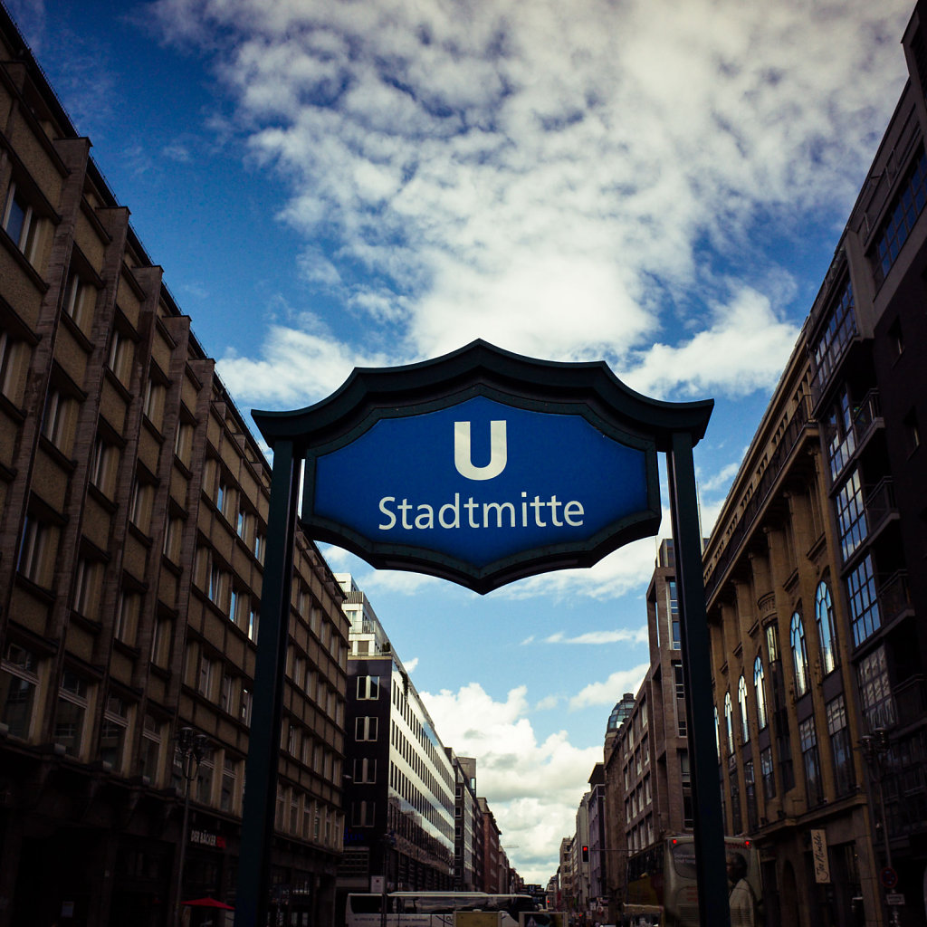 Stadtmitte U Bahn station sign