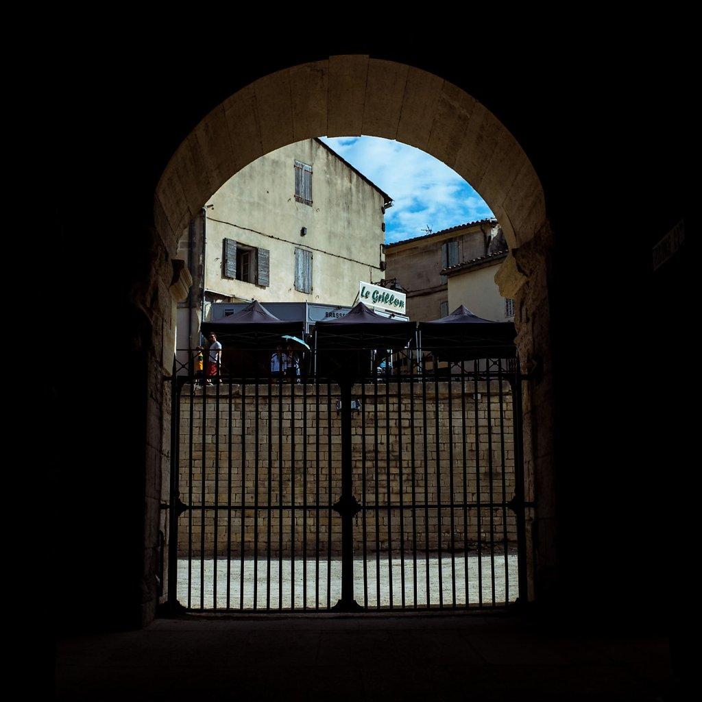 Through the gates of Les Arenes d'Arles