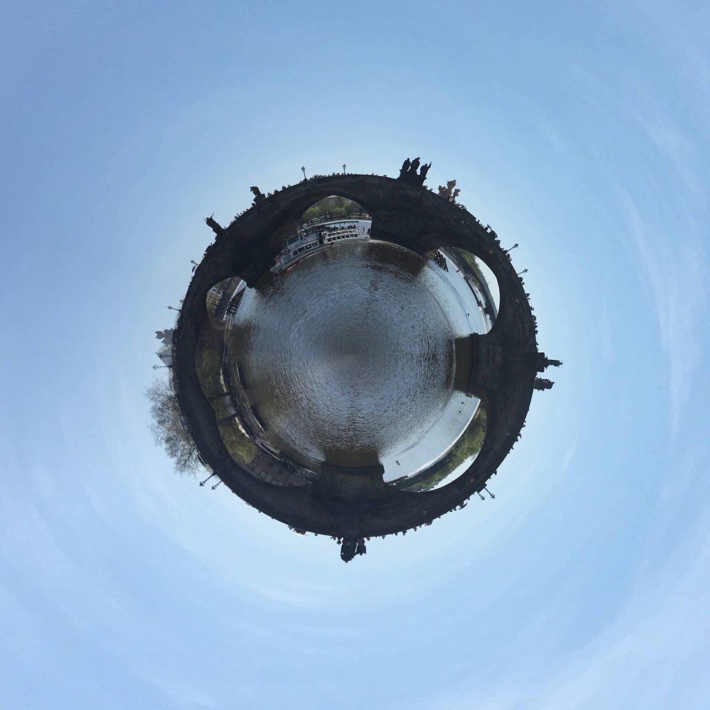 Circular Charles Bridge